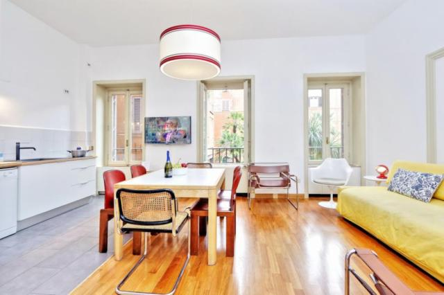 Grand Trevi Fountain apartment Rome